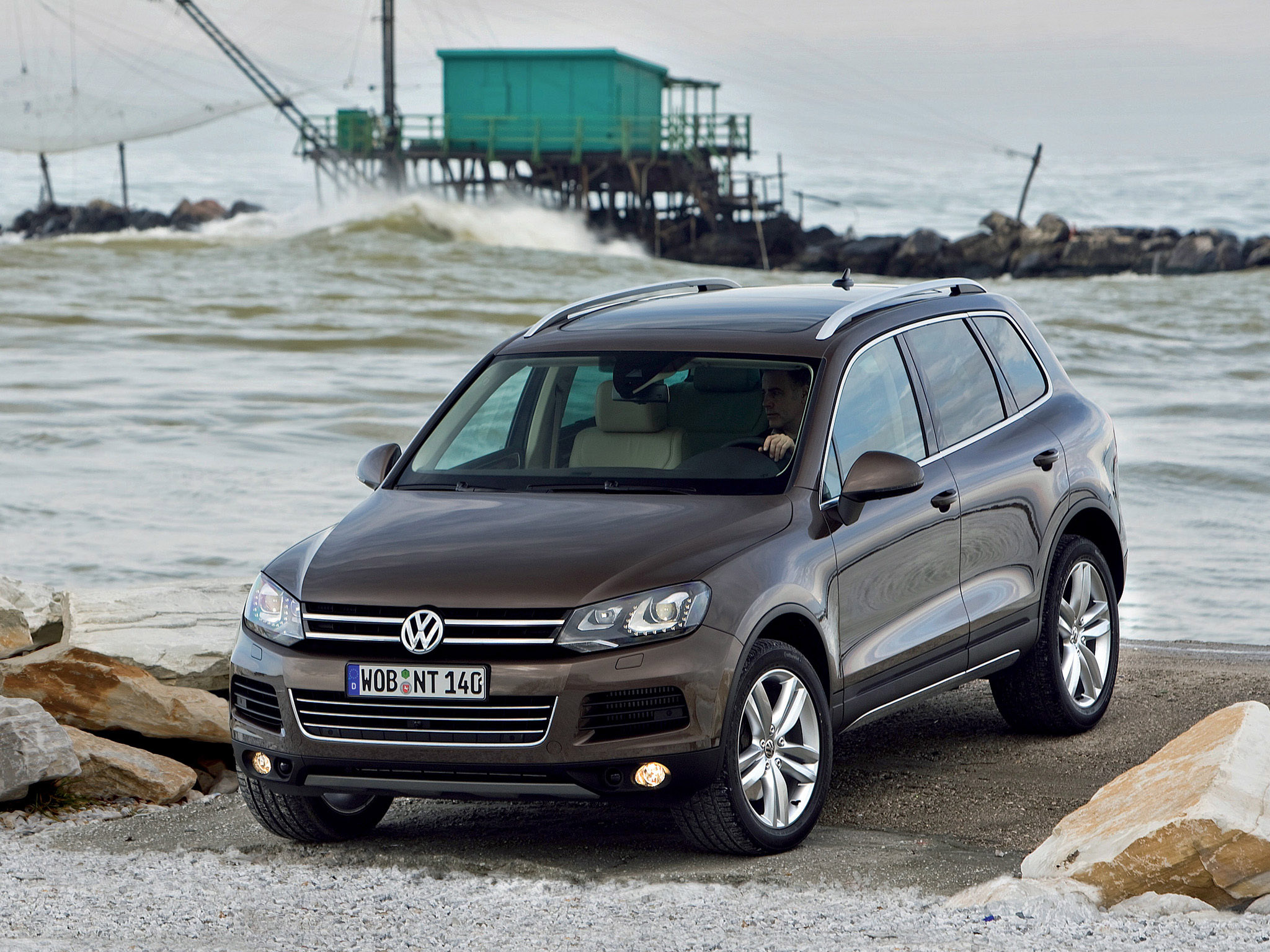 volkswagen touareg v8 tdi 2010 volkswagen touareg v8 tdi 2010 photo 08 car in pictures car. Black Bedroom Furniture Sets. Home Design Ideas