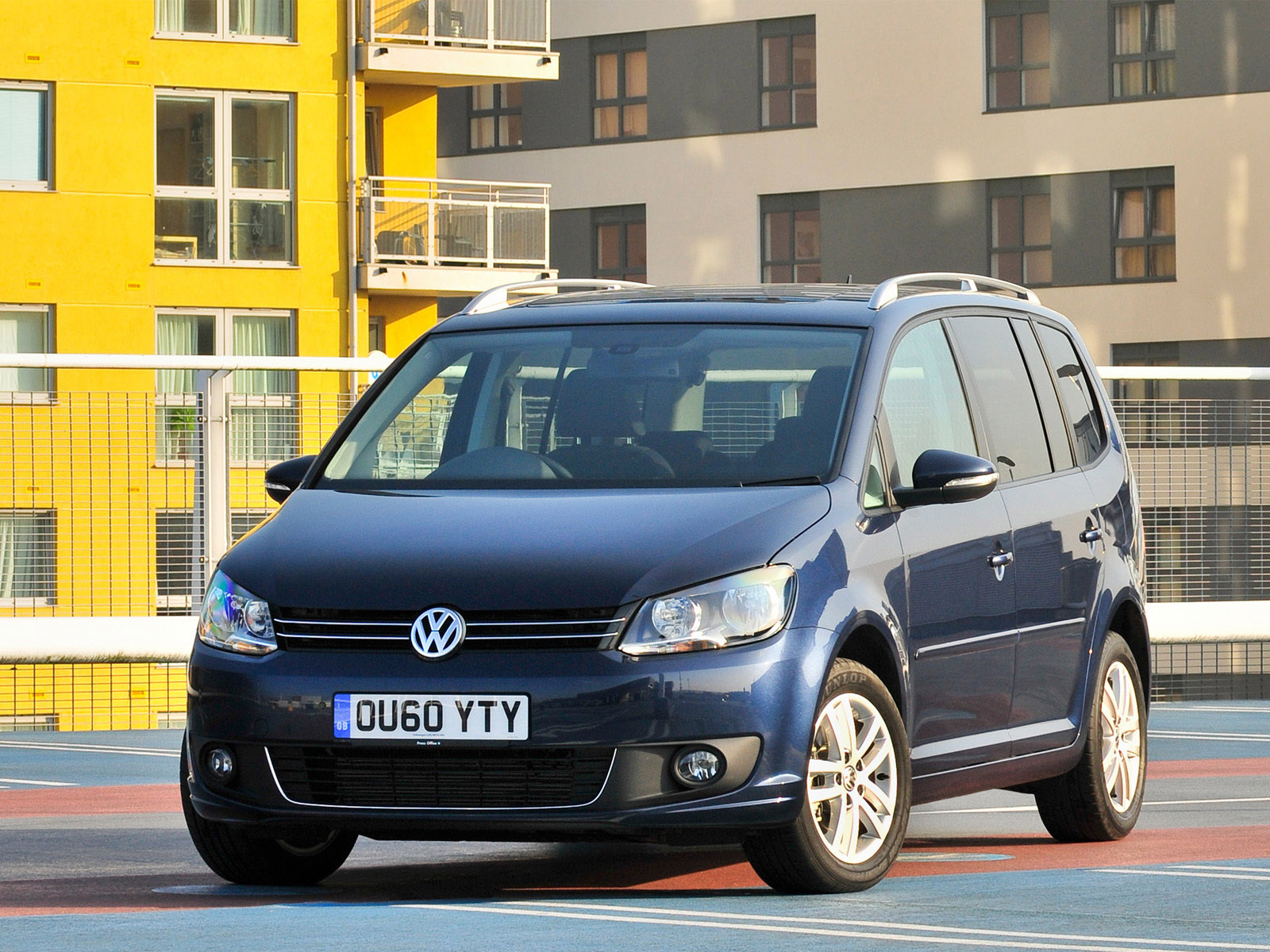 volkswagen touran uk 2010 volkswagen touran uk 2010 photo 06 car in pictures car photo gallery. Black Bedroom Furniture Sets. Home Design Ideas