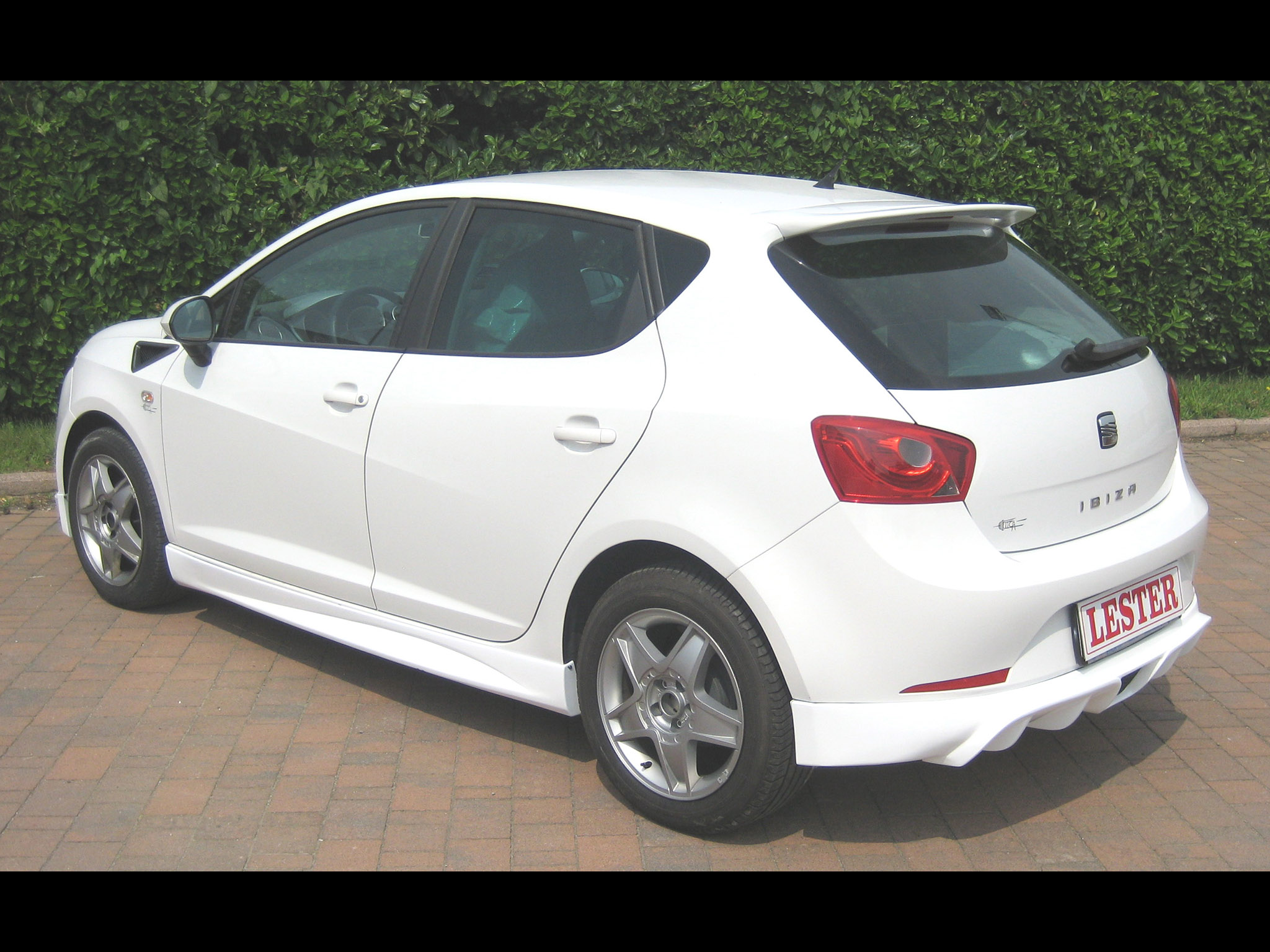 lester seat ibiza 6j 5 door 2010 lester seat ibiza 6j 5 door 2010 photo 2 car in pictures. Black Bedroom Furniture Sets. Home Design Ideas