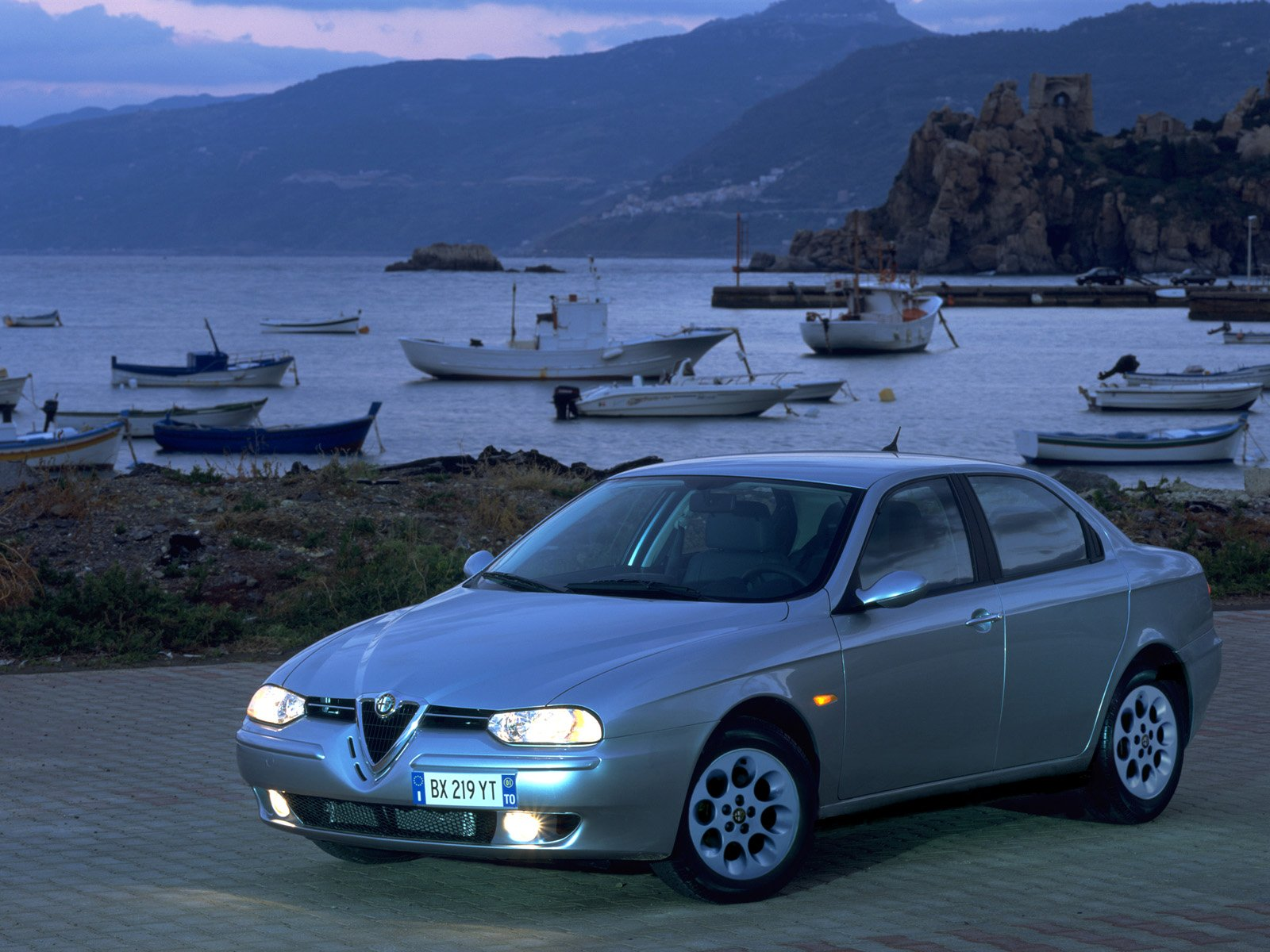 alfa romeo 156 1998 un sedan con perfil bajo taringa. Black Bedroom Furniture Sets. Home Design Ideas