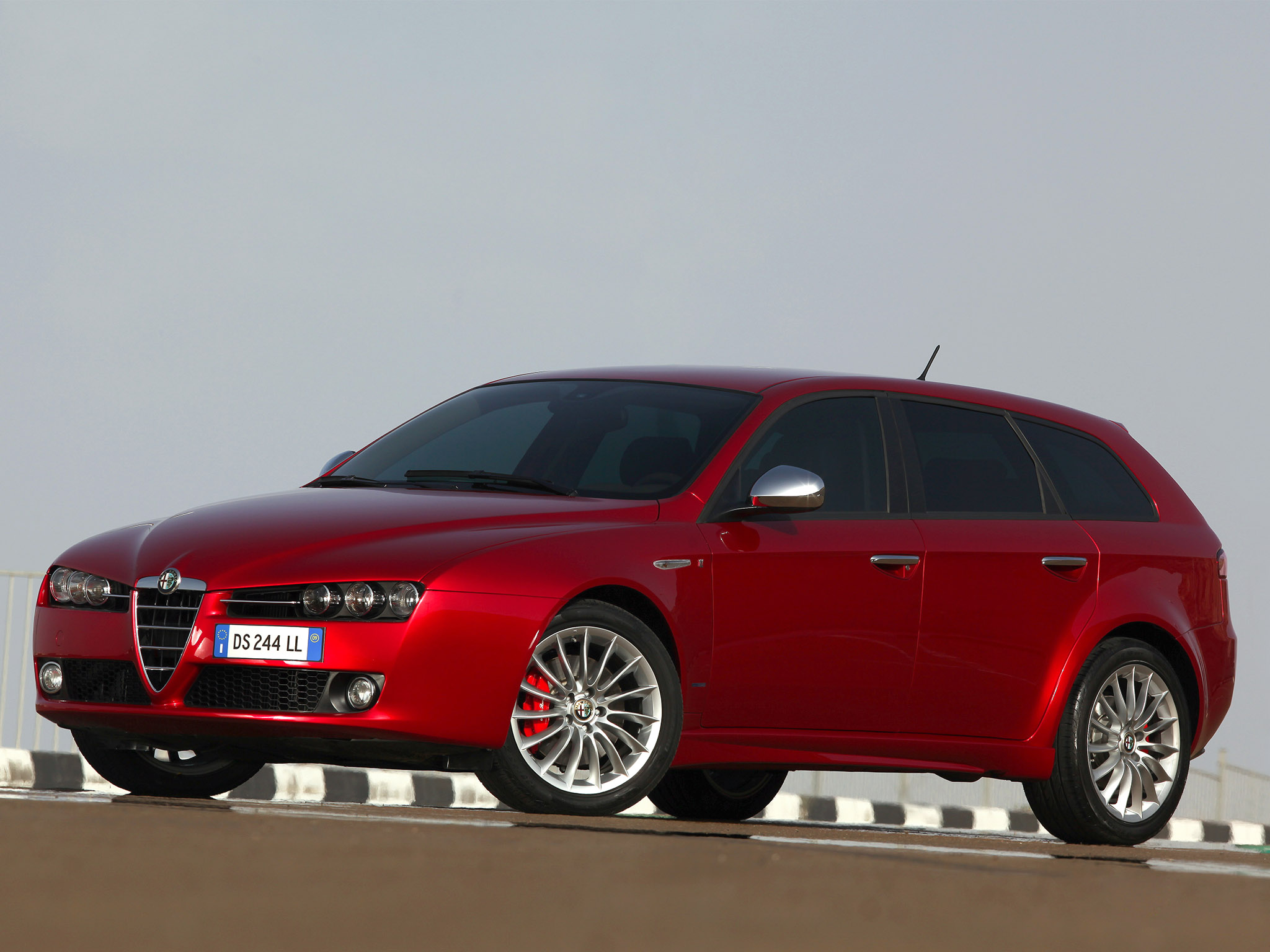 alfa romeo 159 sw 2009 alfa romeo 159 sw 2009 photo 24 car in pictures car photo gallery. Black Bedroom Furniture Sets. Home Design Ideas