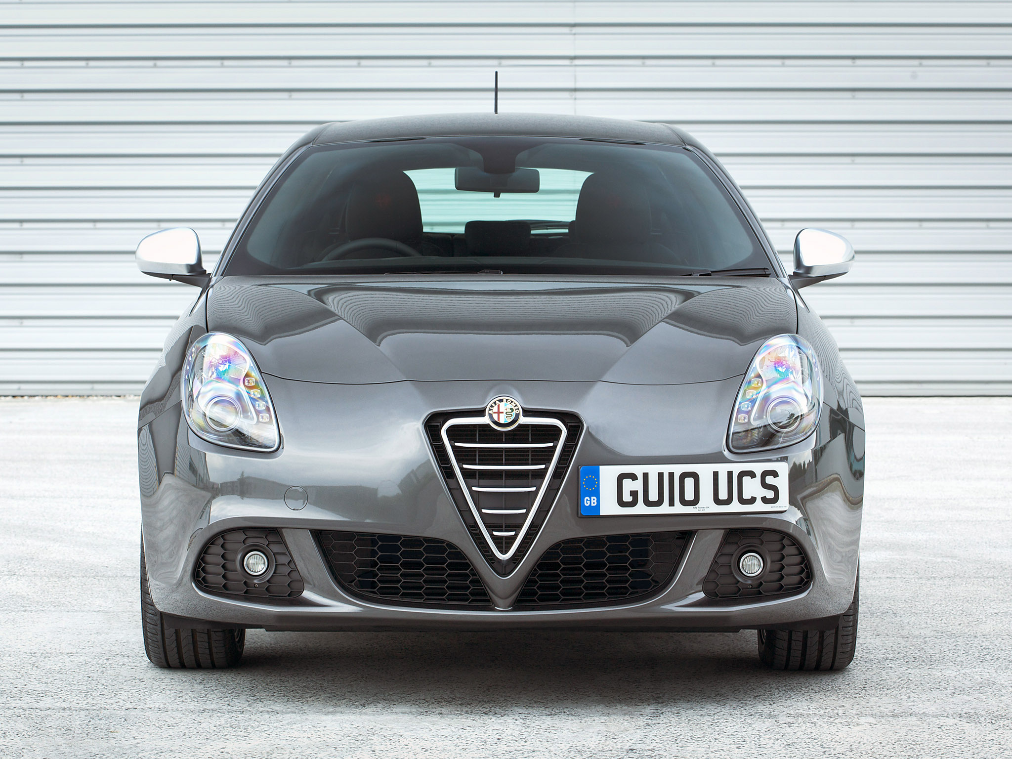 alfa romeo giulietta uk 2010 alfa romeo giulietta uk 2010 photo 05 car in pictures car photo. Black Bedroom Furniture Sets. Home Design Ideas