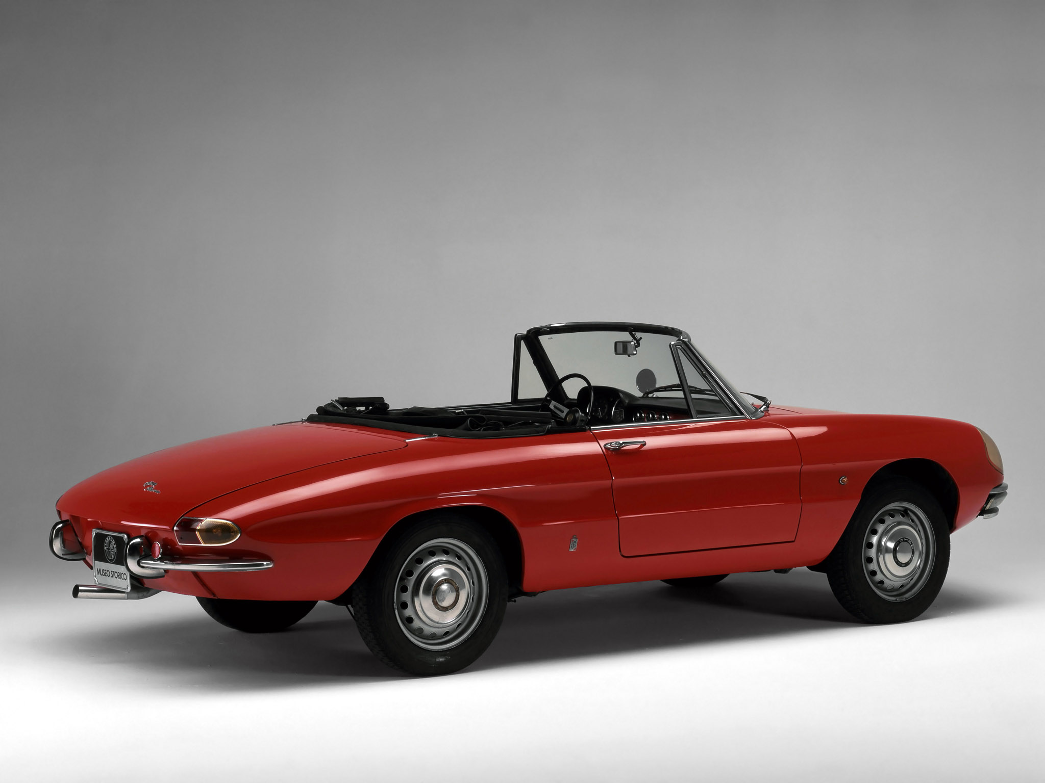 alfa romeo spider duetto 1966 1969 alfa romeo spider duetto 1966 1969 photo 11 car in pictures. Black Bedroom Furniture Sets. Home Design Ideas