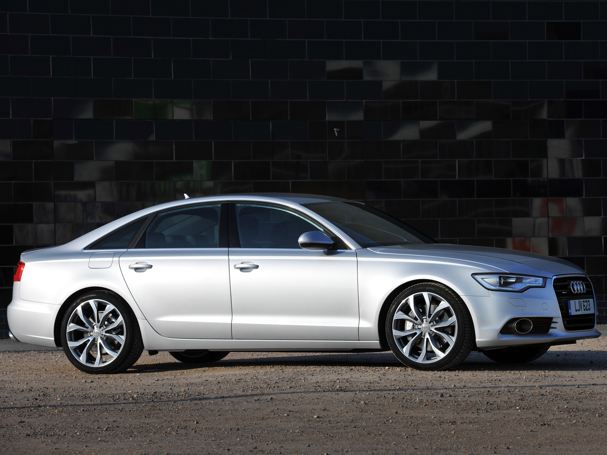 audi a6 3 0 t uk 2011 audi a6 3 0 t uk 2011 photo 05 car in pictures car photo gallery. Black Bedroom Furniture Sets. Home Design Ideas