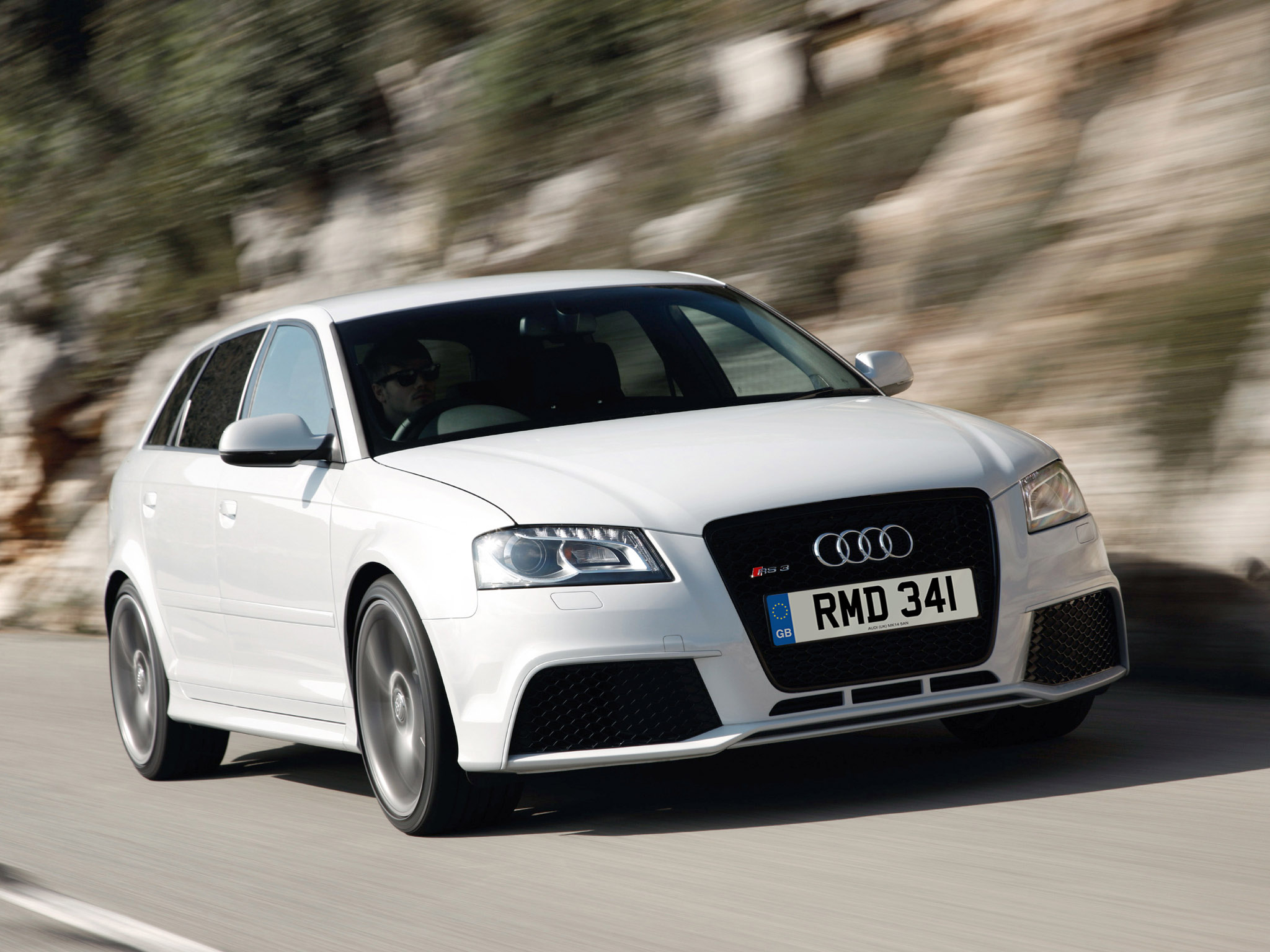 audi rs3 sportback uk 2010 audi rs3 sportback uk 2010 photo 16 car in pictures car photo gallery. Black Bedroom Furniture Sets. Home Design Ideas
