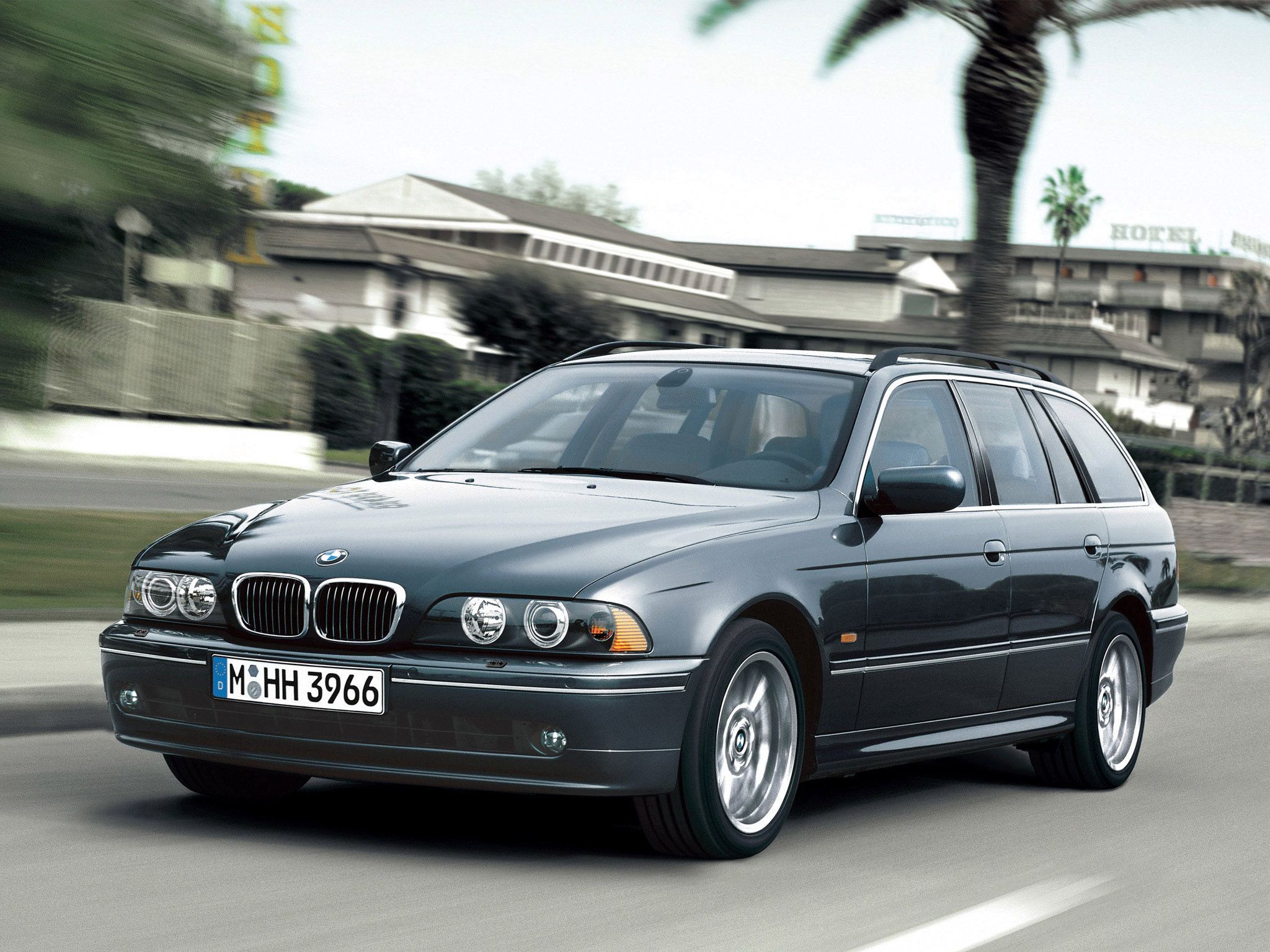 Topic20209 E39 520i Uni Schwarz 17 5er BMW   E39 as well Bmw 528i 1980 also Topic43420 BMW e39 540i Matt   OEM Style 5er BMW   E39 also 1998 Bmw 5 Series Pictures C22306 pi35904864 also Watch. on 2001 bmw 540i