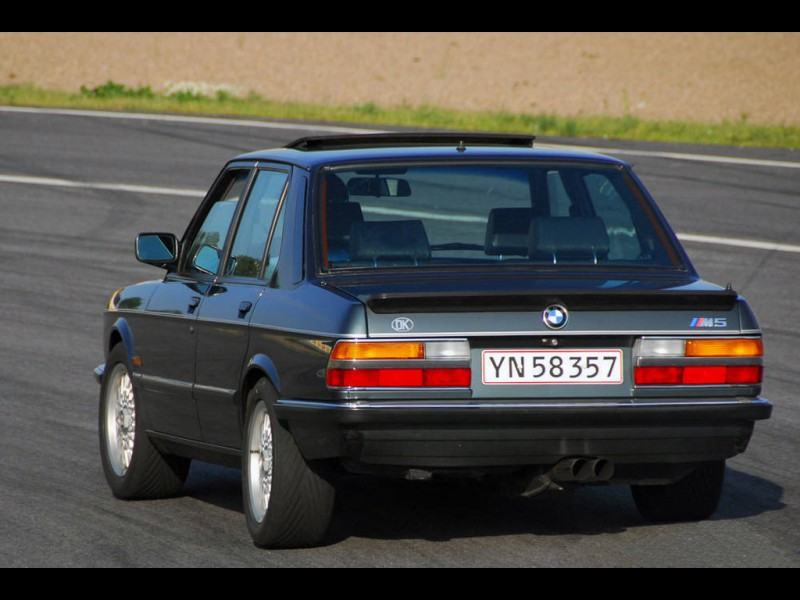 Car In Pictures Car Photo Gallery 187 Bmw M5 E28 1985 1987