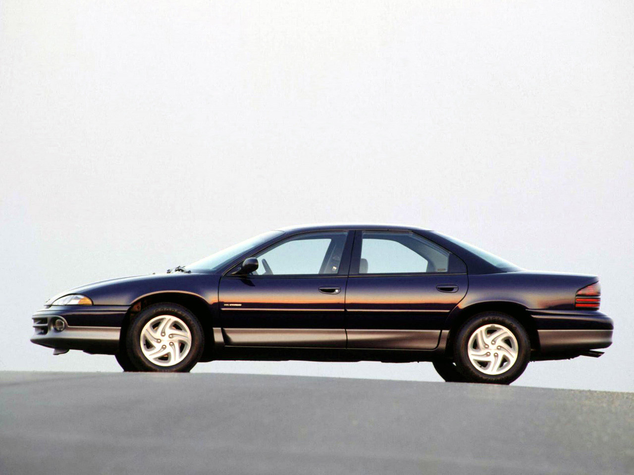 Dodge Intrepid 1993-1997 Dodge Intrepid 1993-1997 Photo 01 – Car in pictures - car photo gallery