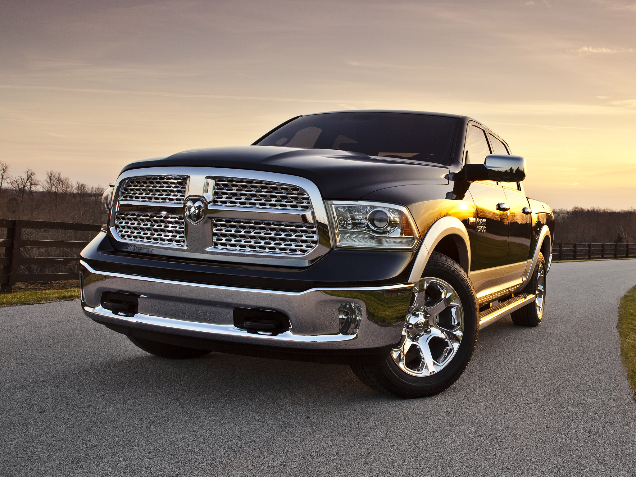 dodge ram 1500 laramie crew cab 2012 dodge ram 1500 laramie crew cab. Black Bedroom Furniture Sets. Home Design Ideas