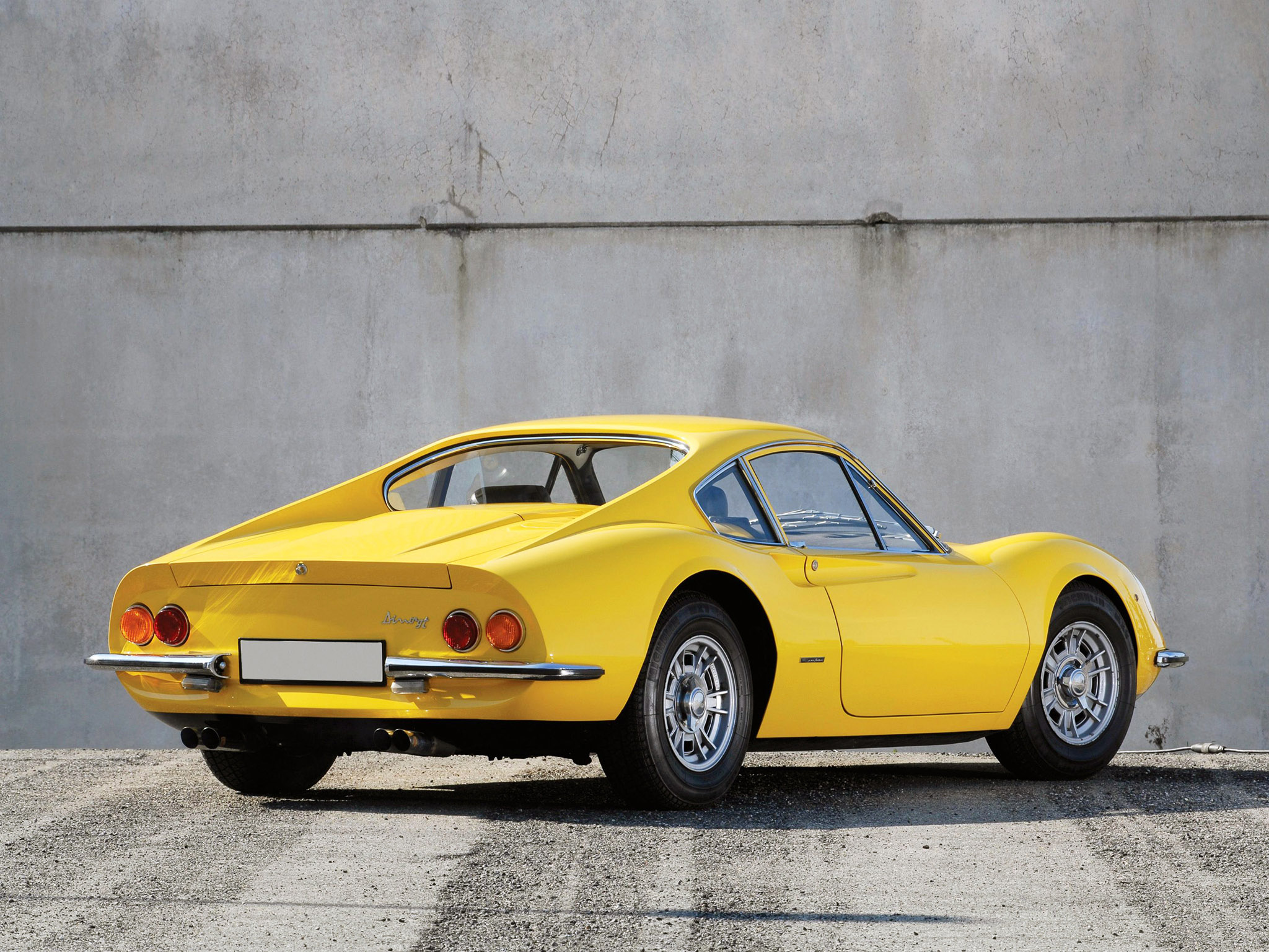 Ferrari Dino 206 GT 1968-1969 Ferrari Dino 206 GT 1968-1969 Photo 02 ...