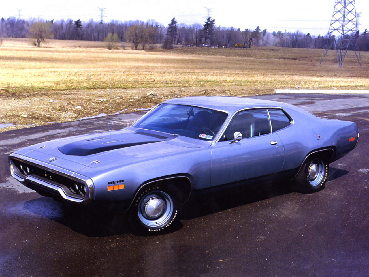 famous 1971 plymouth road runner. Black Bedroom Furniture Sets. Home Design Ideas