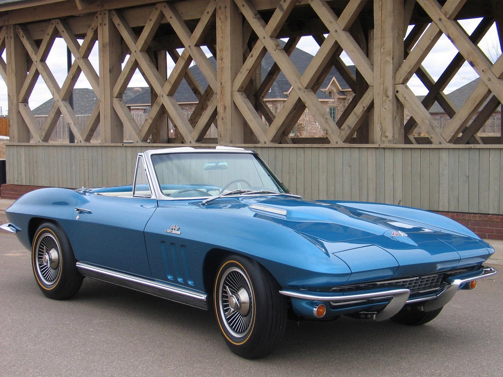 chevrolet corvette c2 sting ray convertible 1965 1966 chevrolet corvette c2 sting ray. Black Bedroom Furniture Sets. Home Design Ideas