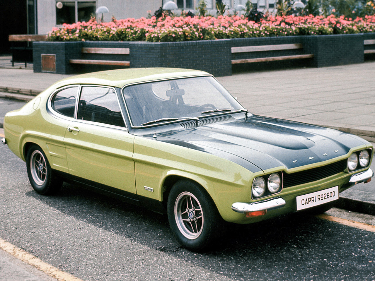 ford capri rs2600 1970 1974 ford capri rs2600 1970 1974 photo 01 car in pictures car photo. Black Bedroom Furniture Sets. Home Design Ideas
