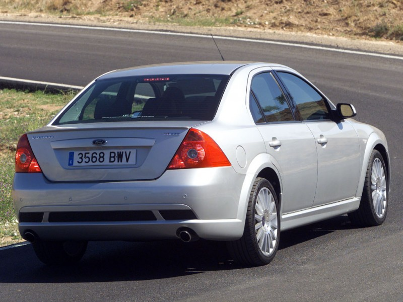 ford mondeo st220 sedan 2002 2004 ford mondeo st220 sedan 2002 2004 photo 09 car in pictures. Black Bedroom Furniture Sets. Home Design Ideas