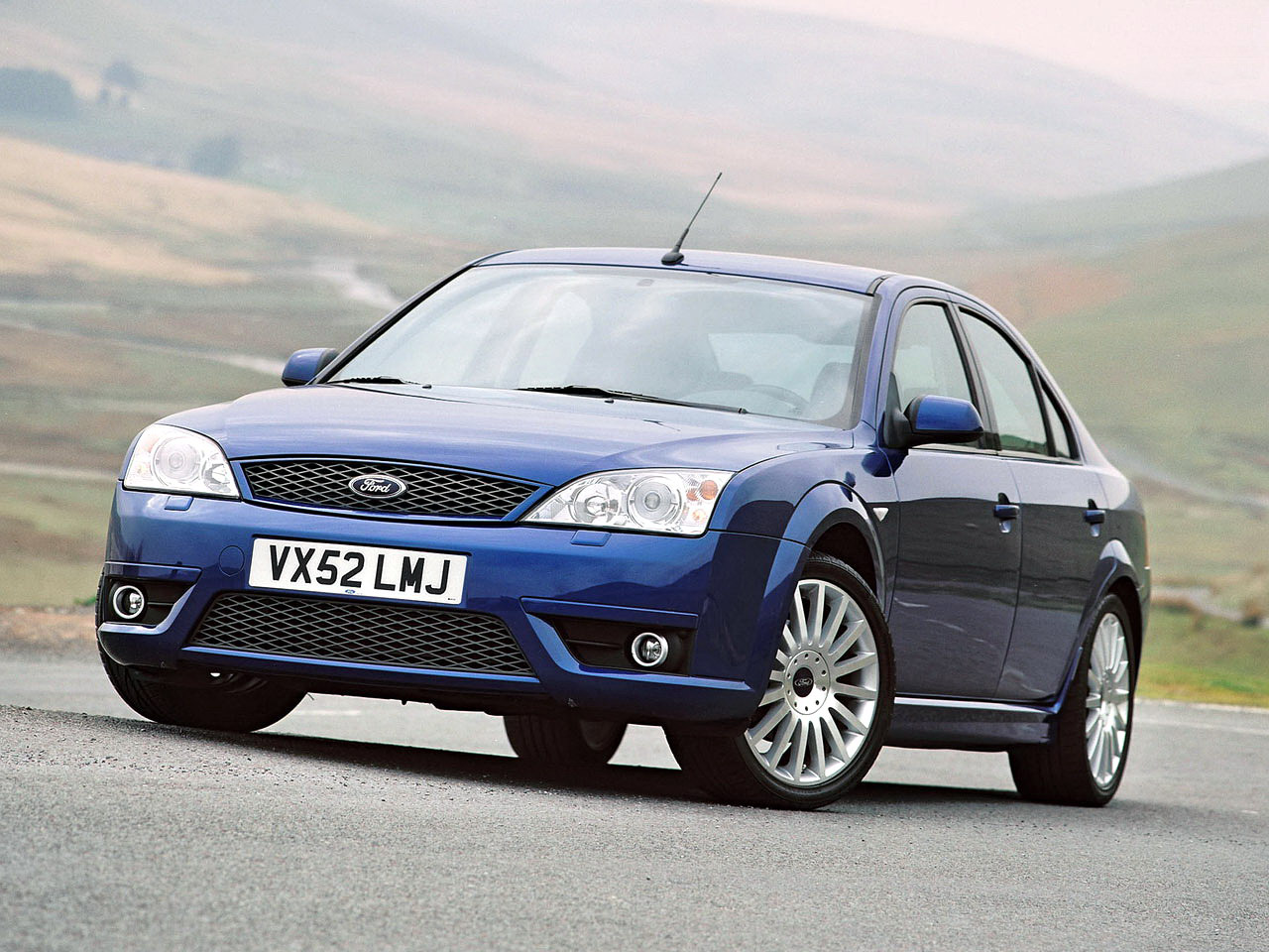 ford mondeo st220 sedan 2002 2004 ford mondeo st220 sedan 2002 2004 photo 10 car in pictures. Black Bedroom Furniture Sets. Home Design Ideas