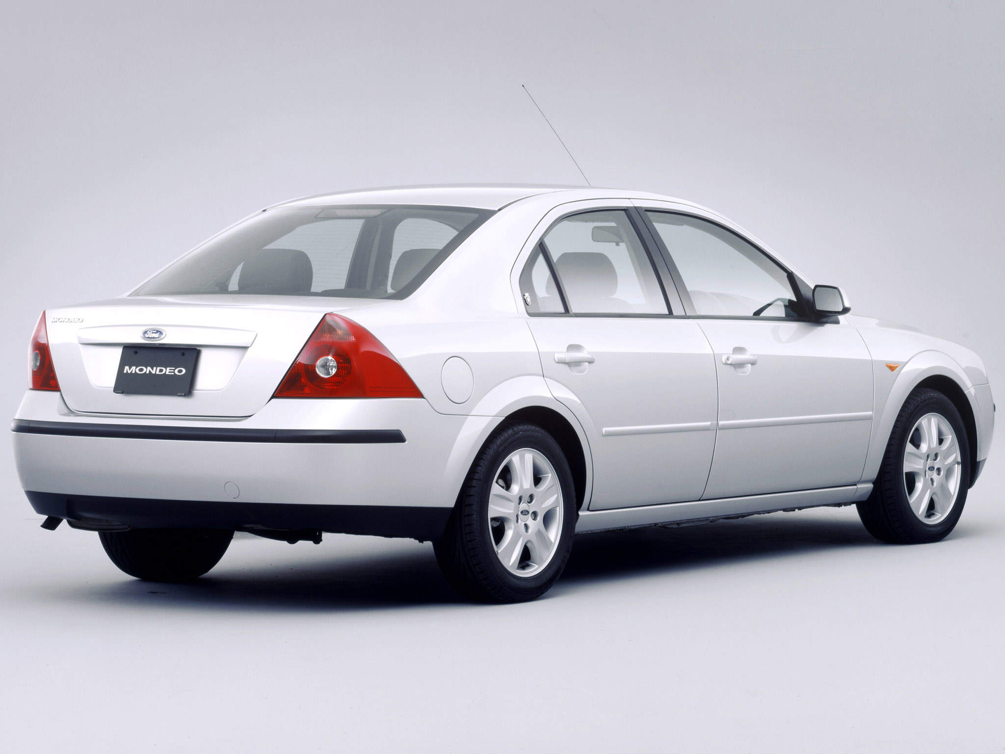 ford mondeo sedan japan 2000 2004 ford mondeo sedan japan 2000 2004 photo 01 car in pictures. Black Bedroom Furniture Sets. Home Design Ideas