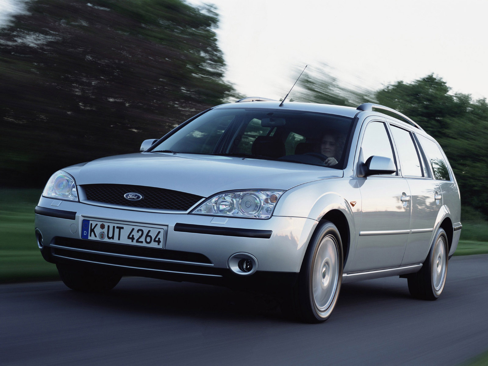 ford mondeo turnier 2000 2004 ford mondeo turnier 2000 2004 photo 07 car in pictures car. Black Bedroom Furniture Sets. Home Design Ideas