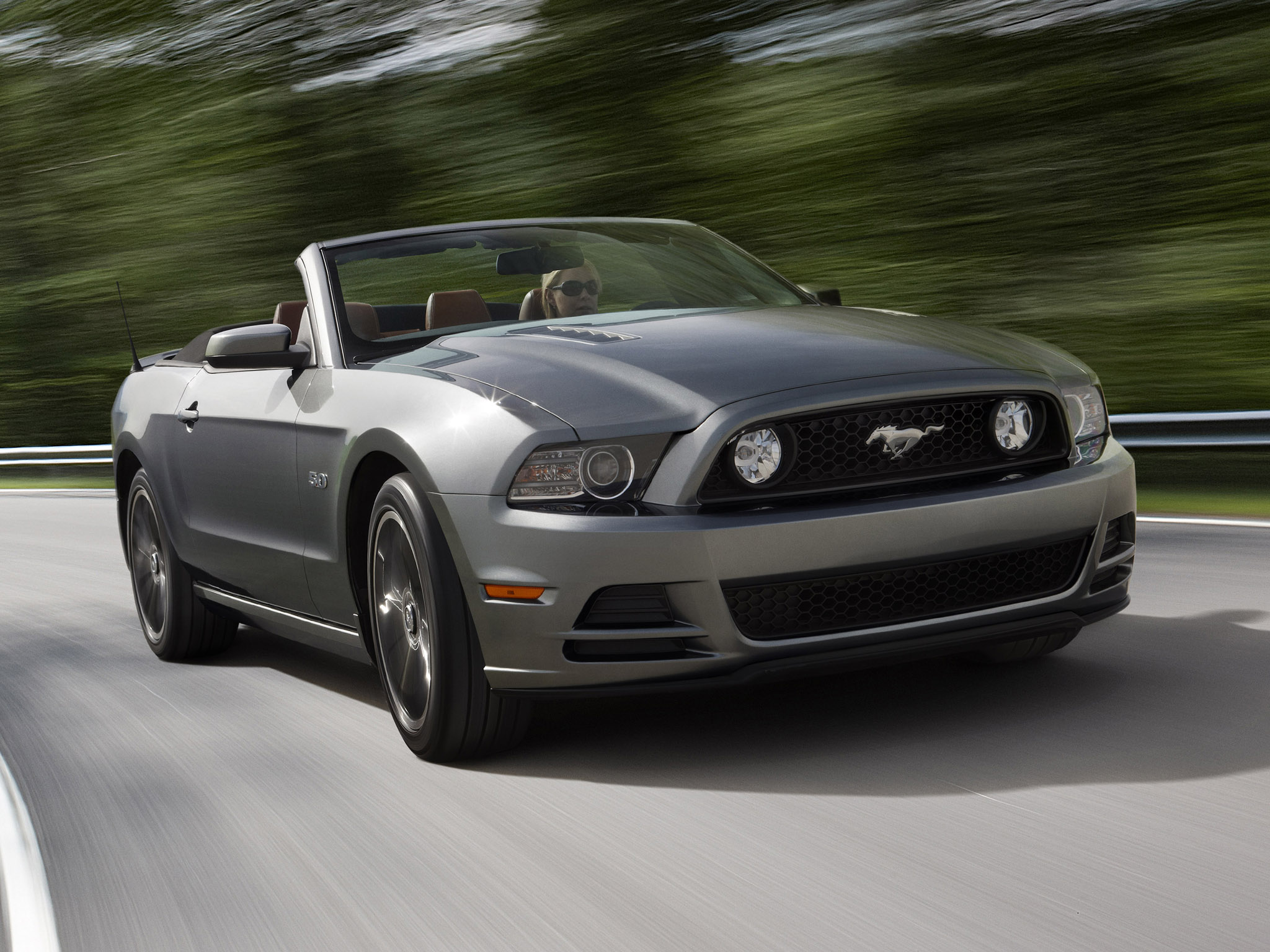 ford mustang 5 0 gt convertible 2012 ford mustang 5 0 gt. Black Bedroom Furniture Sets. Home Design Ideas