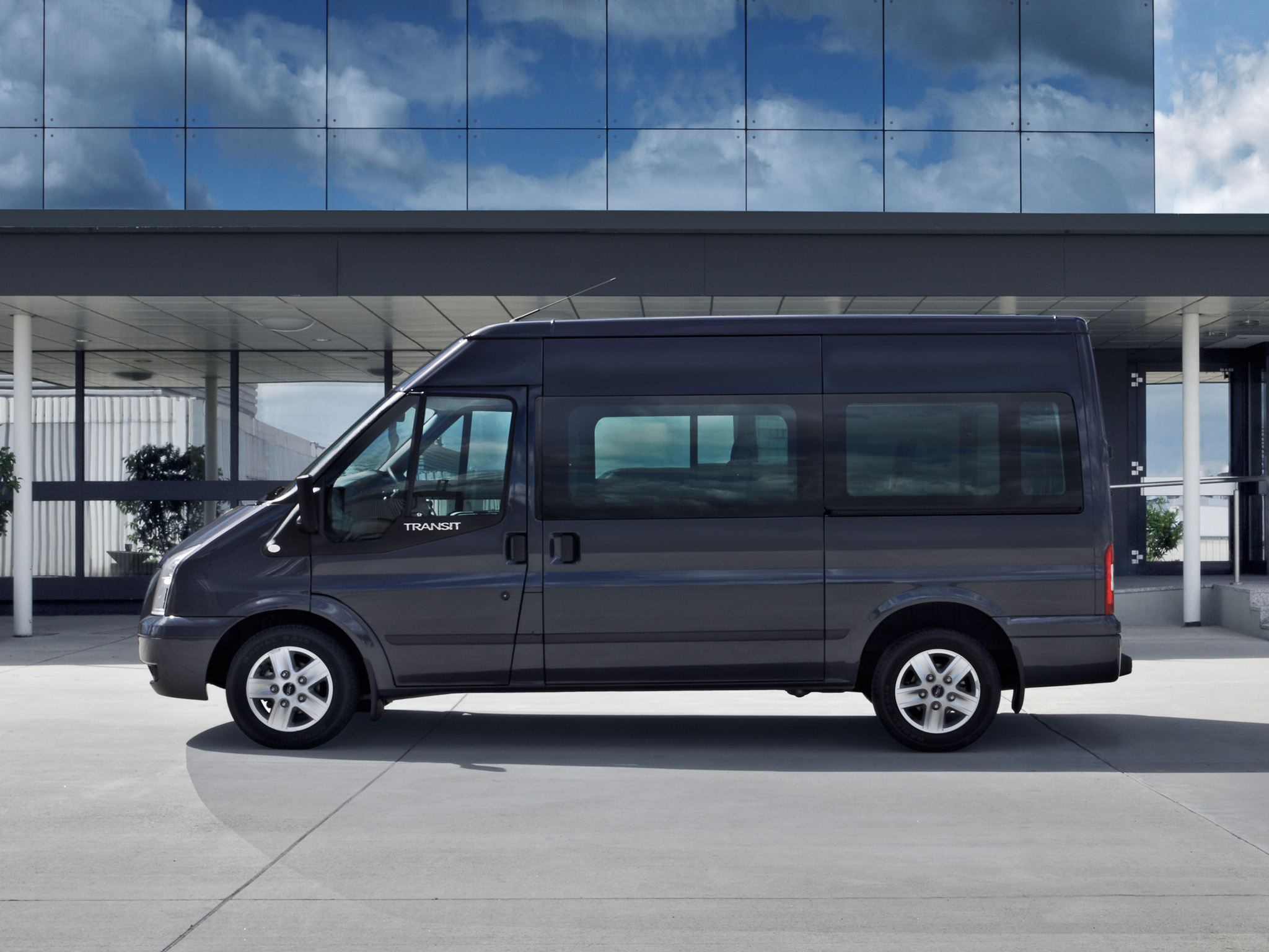 ford transit 2011 ford transit 2011 photo 05 car in pictures car photo gallery. Black Bedroom Furniture Sets. Home Design Ideas