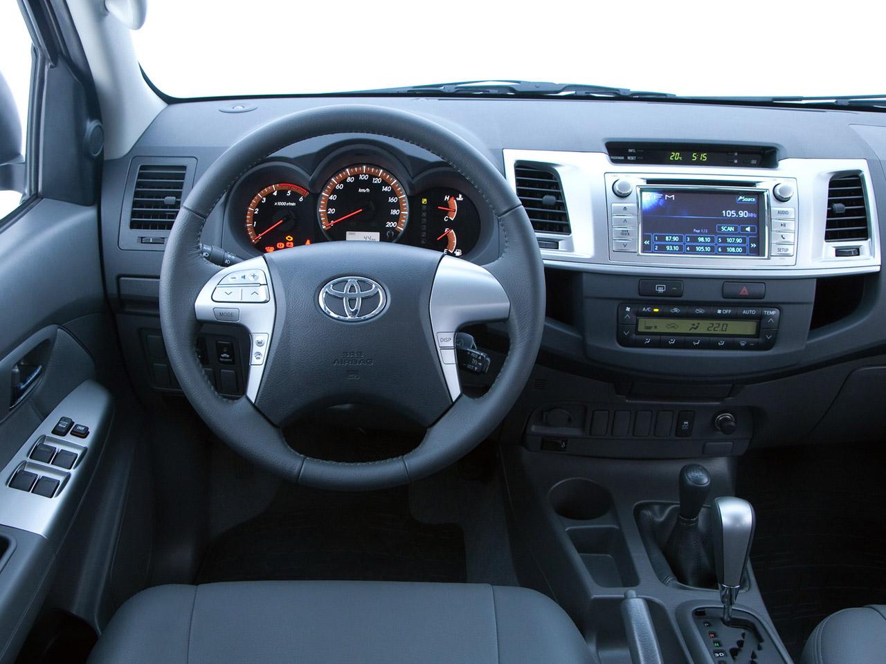 Nova Hilux Preta >> Toyota Hilux SRV Double Cab 4×4 2012 Toyota Hilux SRV Double Cab 4x4 2012 Photo 01 – Car in ...