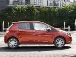 Toyota Yaris 5 door 2011 Photo 09