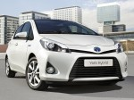 Toyota Yaris Hybrid 2012 Photo 16