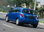 Toyota Yaris LE 3 door USA 2011 Photo 10