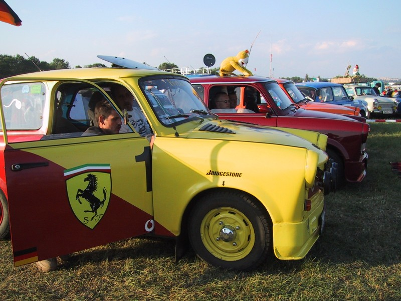 trabant 601 tuning trabant 601 tuning photo 03 car in. Black Bedroom Furniture Sets. Home Design Ideas