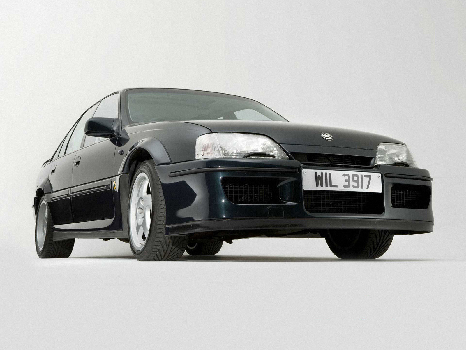 vauxhall lotus carlton 1990 1992 vauxhall lotus carlton. Black Bedroom Furniture Sets. Home Design Ideas