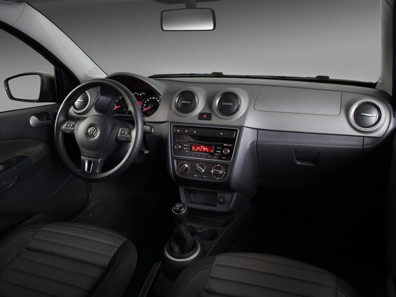 Новый Volkswagen Gol фото.