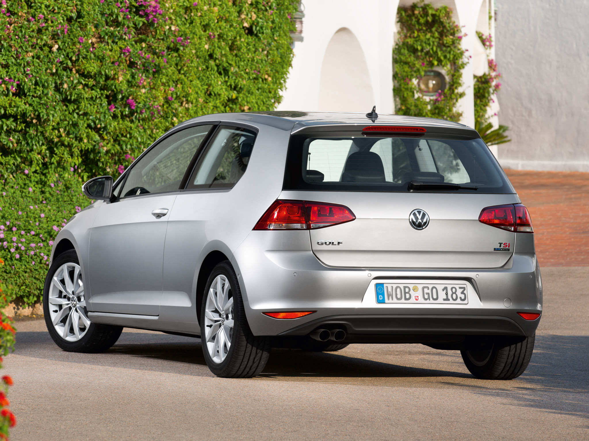 volkswagen golf tsi bluemotion 3 door 2013 volkswagen golf tsi bluemotion 3 door 2013 photo 13. Black Bedroom Furniture Sets. Home Design Ideas