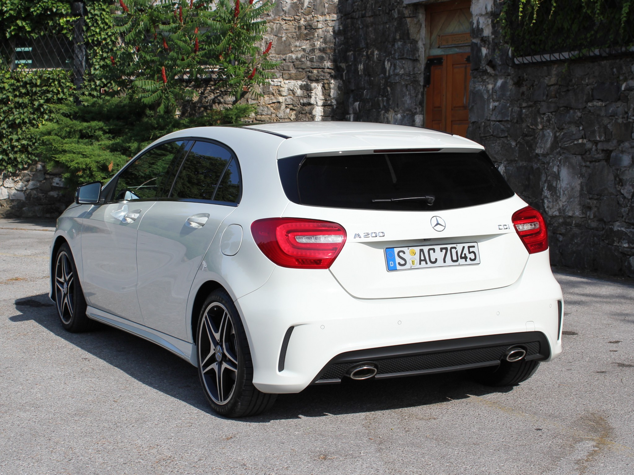 mercedes a200 cdi amg sport package w176 2012 mercedes a200 cdi amg sport package w176 2012. Black Bedroom Furniture Sets. Home Design Ideas