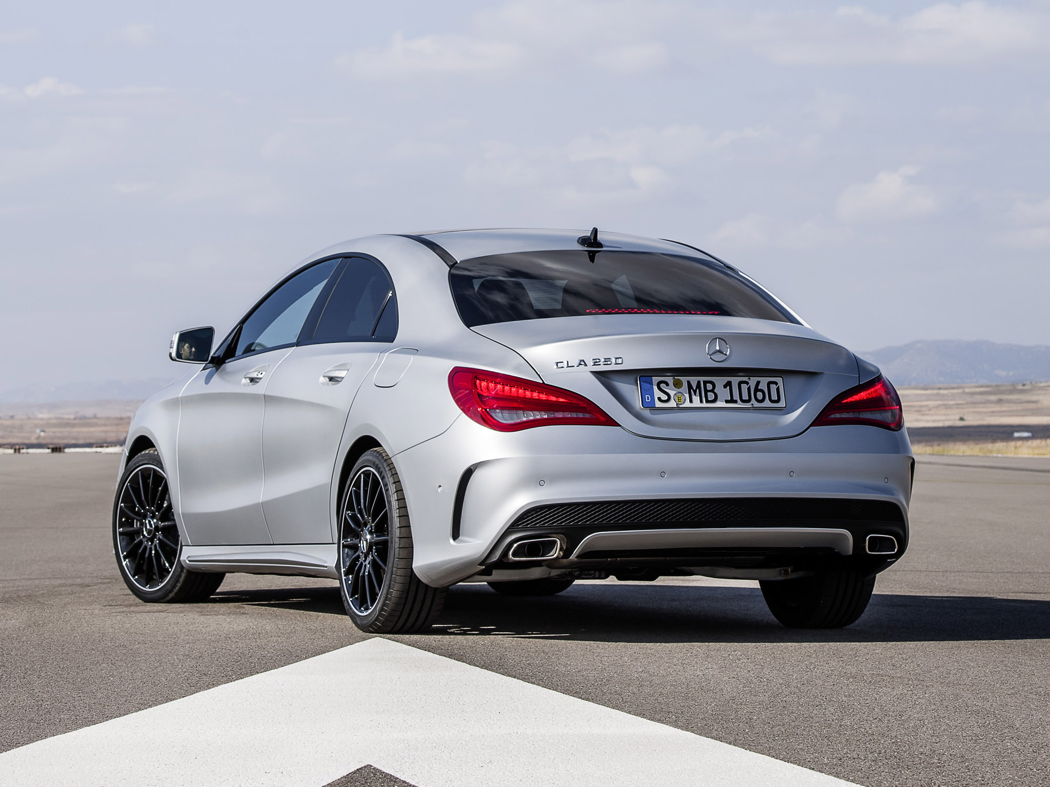 mercedes cla 250 amg sports package edition 1 2013 mercedes cla 250 amg sports package edition 1. Black Bedroom Furniture Sets. Home Design Ideas