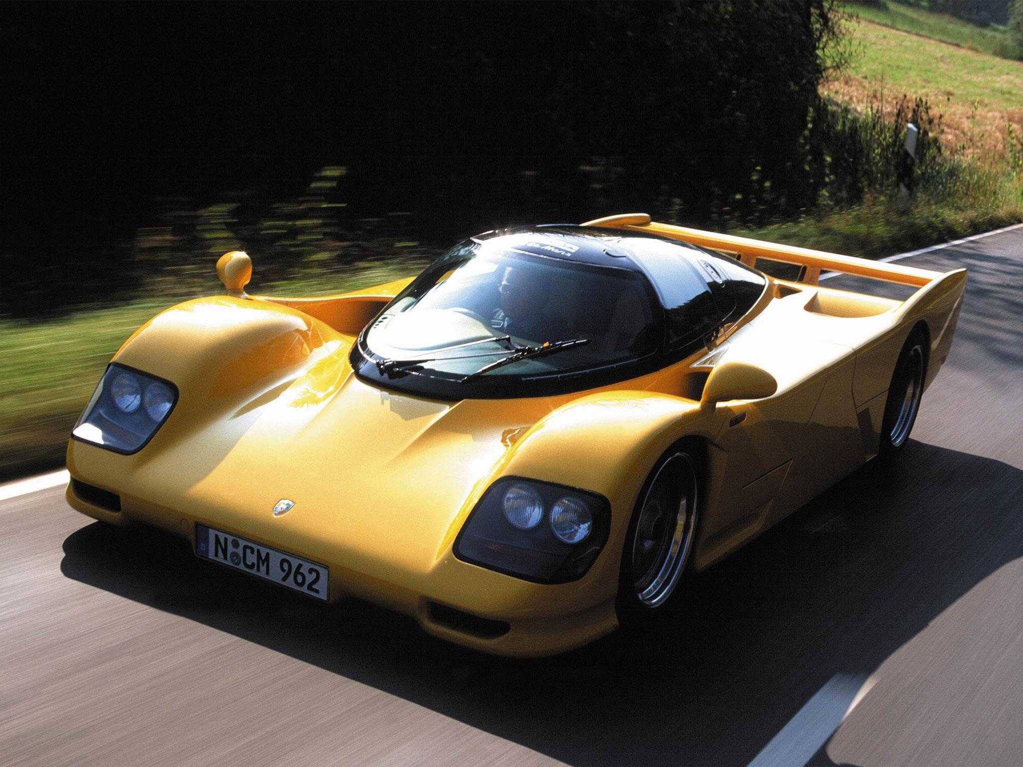 Porsche-962-dauer-lemans-road-car-1994-9