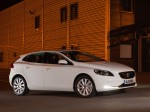 Volvo v40 d2 uk 2012 Photo 17