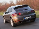 Porsche Macan Turbo 2014 Photo 12